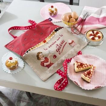 Lin : Porte Tarte «Cerise sur le gâteau» à broder au point de croix