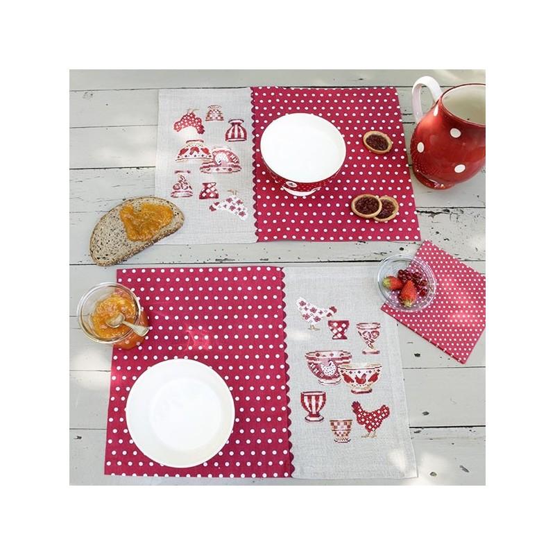 Lin : Sets de table «Poulettes» à broder au point de croix