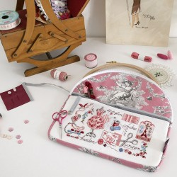 Linen Large « Toile de Jouy » Pink print embroidery pouch