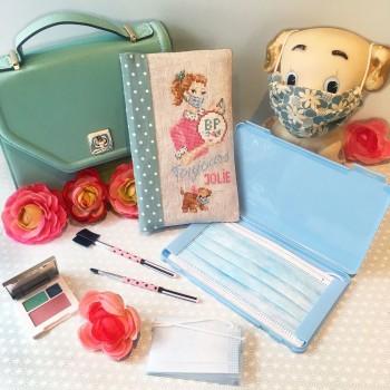 Linen « Always pretty »  Masks case's Pouch