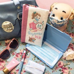 Aïda « Always pretty »  Masks case's Pouch