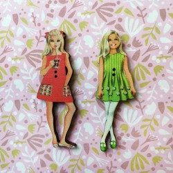 2 buttons « Susie and Suzette »
